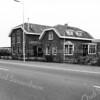 F3664<br /> Het vroegere bollenbedrijf van Gerrit Zandbergen. De schuur en de woning zijn gebouwd in 1883 en heette 'Ter Wegen'. De panden zijn in 1980 gesloopt en er zijn twee nieuwe villa's neergezet