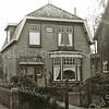 F3045<br /> Teijlingerlaan 49, het huis Johanna, vóór het witgepleisterd was.