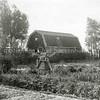 F0830 <br /> Collectie Oudshoorn 090: bollenschuur G. Verschoor aan de Wasbeekerlaan. <br /> Foto: vóór 1921.