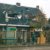 F4365c<br /> De afbraak van een aantal huizen aan de Kerklaan. Foto: 2002.