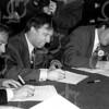 F4129 <br /> Ondertekening van het Pact van Teijlingen. In het midden burgemeester Buddenberg