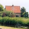 F4199 <br /> Het huis van de fam. Blom aan de Teijlingerlaan te Sassenheim.<br /> Foto:2004