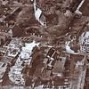 F2605<br /> Middenboven staat de Dorpskerk (N.H.kerk). De Hema en de damesmodezaak van Melman zijn hier in aanbouw. Foto: voor 1981