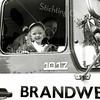 F2514<br /> Op 30 augustus 2003 was er een open dag ter gelegenheid van het 150-jarig jubileum van de Brandweer Sassenheim. Een van de festiviteiten was een rondrit door het dorp in een heuse brandweerwagen vanaf de Oosthaven.