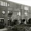 F1834 <br /> Huizen in de J.J. van Rhijnstraat even huisnummers). Hier was vroeger het bollenland van de Gebr. Doornbosch & Co. De huizen kwamen gereed in 1992. Foto: 2000.
