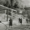 F3270<br /> De grote brand bij Sikkens. Foto: 1968