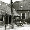 F1655 <br /> De oude Hortus: de voormalige boerderij van de fam. Van der Meij in sterk vervallen toestand. Het pand is in 1958 gesloopt. Foto: 1958.