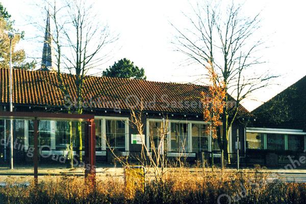 F0492c <br /> Een vleugel van de vroegere hervormde school op de hoek van de Jacoba van Beierenlaan/Westerstraat; deze vleugel ligt aan de Westerstraat. Zie verder opmerkingen bij F0492a. Foto: 1999.