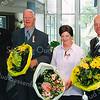 F2577<br /> Uitreiking van de ridderordes. V.l.n.r.: burgemeester C.J. Waal, Piet van Bezu; wethouder Wilbrink en dhr. Dijkland. Foto: 2004.