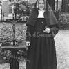 F3882<br /> Rie van der Geest (zuster Johannino), dochter van Jan van der Geest van 't Hellegat. Zij was ingetreden in de orde J.M.J.( Jezus, Maria, Jozef)