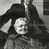 F2710<br /> Dhr. B.G. Hendriksen en mevr. A. Hendriksen-Vink bij gelegenheid van hun 50-jarig huwelijk op 31 december 1979. Van 1929 tot 1959 hadden zij een manufacturenzaak en beddenmakerij aan de Hoofdstraat 234a, tussen Langeveld en Lascaris.  Daarna verhuisden zij naar de Pancraszicht.