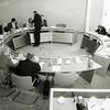 F1482 <br /> De start van de algemene beschouwingen van de gemeenteraad op 25 oktober 1994 voor de begroting 1995 onder leiding van waarnemend burgemeester mr. C.A. Bos (waarnemend van 1994-1995). Foto: 1994.