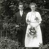 F2791<br /> De trouwfoto van Cornelis Daniel van Goeverden en<br /> Johanna Maria Hillegonde Bergman, Sassenheim 14-06-1922.