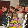 F2108a<br /> Festiviteiten in de Dorpskerk op 6 februari 2010 t.g.v. het 20-jarig bestaan van de Stichting Oud Sassenheim. Bij deze gelegenheid kregen Jasper van Teylingen en Herman Verhoef een oorkonde en de eerste erepenning aangeboden, alsmede het eerste exemplaar van het jubileumnummer van De Aschpotter.