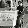 F0554a <br /> Op de hoek Westerstraat/Charbonlaan bij het huis van de fam. Pauwels: Kees van Egmond, zoon van G. van Egmond uit de Kerklaan. Foto: 1973.