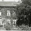 F1015 <br /> Een oudere foto van het dubbele woonhuis Twin's Home aan de Hoofdstraat 73/75. (zie informatie bij foto F1014)
