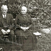 F2338<br /> Th.J. (Dorus) de Zwart (1863-1940) en zijn vrouw Jopje Steenvoorden (1867-1946)