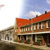 F2113<br /> Een trucagefoto van de Zandslootkade. Tussen 2006 en 2008 is een groot deel van de huizen langs de Zandslootkade/Oranjebuurt gesloopt en door nieuwe vervangen. Links het oude deel en rechts het nieuwe gedeelte.