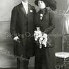 F2853<br /> De trouwfoto van lbert Matthias Boeijinga en Aaltje Rousseau op 22 april 1914 in Leeuwarden.