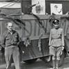 F4515<br /> Bevrijdingsoptocht. Foto: 1945.<br /> Jan Vonk, George Zonneveld staan op de foto.