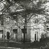 F2855<br /> De pastorie van de geref. kerk aan de Julianalaan nr. 8 in de jaren '20, waar ds. A.M. Boeijinga van 1919 tot 1928 heeft gewoond.