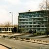 F1995<br /> Verzorgingshuis De Schutse aan de Parklaan, in gebruik genomen in 1968. Het gebouw is gesloopt in 1987.