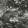 F3487<br /> Militairen (eerste wereldoorlog) in de ruïne van Teijlingen. Foto: ca 1914