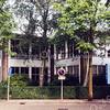F0666 <br /> De r.-k. Don Bosco mavo-school, sinds 1954 gevestigd aan de St. Antoniuslaan. De school is in 1999 gesloopt en vervangen door de chr. basisschool De Rank. Foto: 1999.