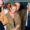 F4206b <br /> De opening van de expositie van de schilderijen van Casper Verlint in het gemeentehuis te Sassenheim op 11-2-2003.