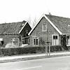 F1375b <br /> Rijksstraatweg 3, woonhuis, schuur en broeikas van de fam. R. Broer. Nu is hier de parkeerplaats van AKZO Nobel (Sikkens).