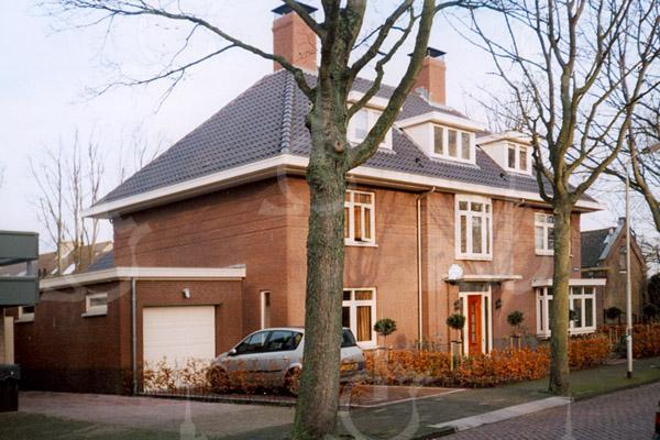 F4213 <br /> Het huis van dr. Moerman aan de Emmalaan.<br /> Foto: 2007