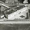 F0653 <br /> De Stichting Het Rijnlands Lyceum, locatie Sassenheim voor mavo, havo en vwo. Boven de Van Alkemadelaan, links de Kwekersweg en onderaan het sportveld. Foto: ca. 1997.