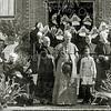 F2754<br /> Mgr. Johannes Petrus Huibers (bisschop van het bisdom Haarlem van 1935 tot 1960) vierde op 14 augustus 1949 zijn 50-jarig priesterfeest. Dit werd o.a. gevierd in huize St. Bernardus, die tevens het 25-jarig bestaan vierde. De bisschop staat op het bordes van de St. Bernardus, met links naast hem pastoor Braak en rechts van hem Charley. Geheel links staat kapelaan Blonk. De zusters zijn van de orde Julie Postel. Zie ook F 1317-2753-2755 en F4393.