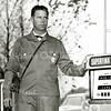 F3243<br /> Leo Schröder staat paraat om zijn klanten te ontvangen.
