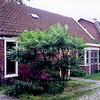 F1318 <br /> Voormalig woonhuis van aannemer Melman aan de Vaartkade vóór de sloop, in het kader van de vernieuwing van het dorpscentrum.