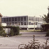 F3327<br /> Een doorkijkje naar de Planetenplein in de jaren '70, toen het gebouw van Hygia er nog stond dat in 1977 is gesloopt.