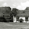 F3459<br /> Het huis van de fam. Van Klaveren aan de Teijlingerlaan naast de ruïne van Teijlingen.