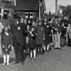 F4510<br /> Bevrijdingsoptocht. Foto: 1945.<br /> Elst,Potman, meisjes Schmidt staat tussen de personen