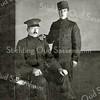 F1866 <br /> Huug en Willem van Klaveren, woonachtig aan de Zandslootkade nr. 7. Foto ca. 1918.