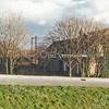 F1292a <br /> Twee foto's van boerderij Lindenhoeve van Nic. Breedijk aan de Leidsevaart (nu Oude Vaartweg), gesloopt in 1990. Toen de boerderij op Sassenheims grondgebied werd gebouwd, was de A44 er nog niet. Vanaf de Rijksstraatweg bij de Postbrug kon de boerderij aan de Haarlemmertrekvaart toen bereikt worden. Na de aanleg van Rijksweg 4 (nu A44) kon de boerderij via de Oegstgeesterweg bereikt worden. Op deze plek staat nu het gebouw van Korswagen B.V., Oude Vaartweg 2. Na de herziening van de gemeentegrenzen in 2005 ligt deze locatie binnen de gemeente Oegstgeest. Foto: voor 1990. Zie ook foto F3133.