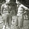 F2929<br /> Links onderwijzer Bouwhuijs  ('oubaas' van de voortrekkersstam) en rechts Henk Brouwer (baas van de Voortrekkerstam).  Beide leiders van de oudere Verkenners (Padvinders) in de jaren '40 en '50. Henk Brouwer was een zoon van Th. Brouwer sr., eigenaar van de schoenenwinkel aan de Hoofdstraat 212.
