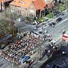 F2960<br /> Een muziekvereniging op de Parklaan ter hoogte van de Molenstraat.