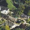 F3312<br /> Luchtfoto van Huis Ter Leede en boerderij 't Kraaiennest