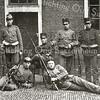 F2229<br /> De militair links is Arnold van Rijn van Kerklaan 25. Foto: 1917. De locatie is onbekend.