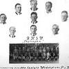 F1619 <br /> Het elftal van de RKVV Teylingen. Een foto ter herinnering aan de laatste wedstrijd van P. van Nobelen op 7 juni 1942.<br /> We zien onder v.l.n.r.: Aad Wesseling, Kees Noordermeer, Piet Otto, Arie Hoogeveen en Bep Duchateau. Daarboven: v.l.n.r.: Gerard Hoogervorst, Piet van Nobelen en Chris Homan. Bovenaan v.l.n.r.: Jan Warmenhoven, Leo Hoogervorst (keeper) en Leo Zandbergen.