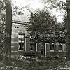 F1583 <br /> Het huis aan de Hoofstraat 325, gebouwd in 1892. Thans (2016) bewoond door de fam. J.H.C.A. Kapiteijn. Foto: ca. 1892.