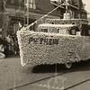 F4446<br /> Bloemencorso 1949. Het schip van Piet Hein.