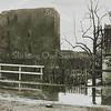 F3232<br /> De ruïne van Teijlingen. Rechts het huis van de fam. Van Klaveren.