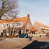 F2537<br /> De Beatrixstraat en de Irenestraat, gelegen in de Oranjebuurt. Zie ook het Stratenboek van Sassenheim, pag. 33. Foto: 2003.