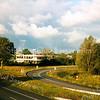 F1589a <br /> Hotel van der Valk aan de Warmonderweg. Foto: 2001.